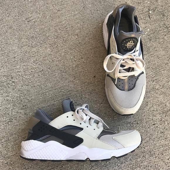 on sale a75db 3a841 Men s Nike Air Huarache in light ash-grey   black.  M 5a1f8d702de512400f01c0a0