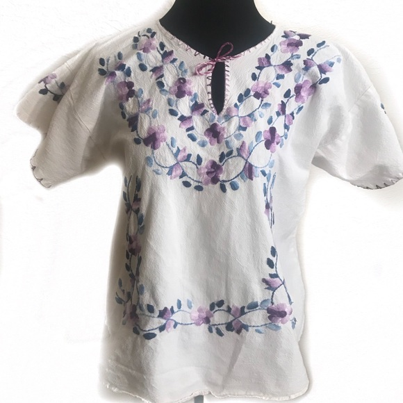 Vintage Tops - Vintage embroidered blouse top