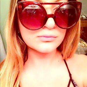 Nastygal cat eye sunglasses 🐱