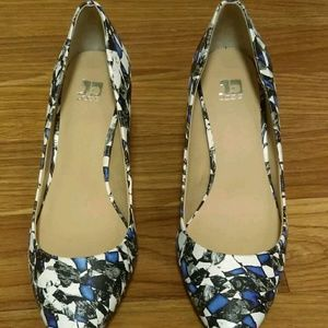 Joe's Jeans abstract blue black white 8m heels