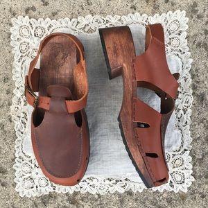 [vintage] leather/wood clog sandals