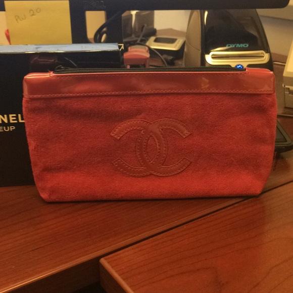 9b754e4e84fbc6 CHANEL Handbags - New Authentic Chanel Pink Velour makeup bag