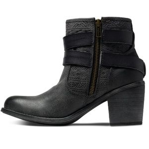 Roxy distressed Aztec ankle boots