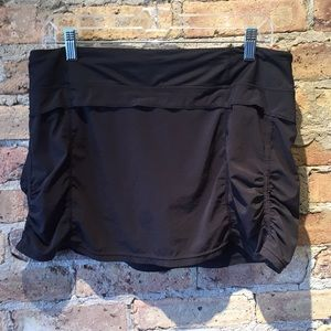 Lululemon black skirt, sz 10, 56007