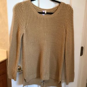 Alya Sweater