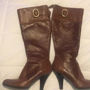 Burberry Boots - Camel - Size 36