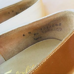 1d4187c679a7d Vintage 1960 Sears featherlite two-toned heels 6