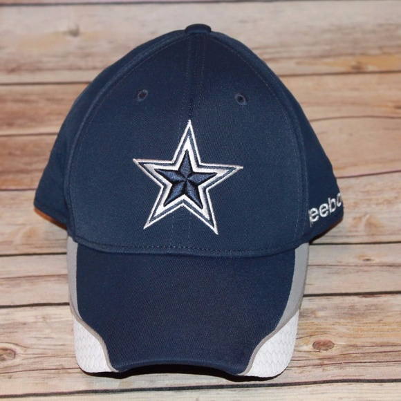 7666537f Reebok Dallas Cowboys Fitted S/M Hat HW371