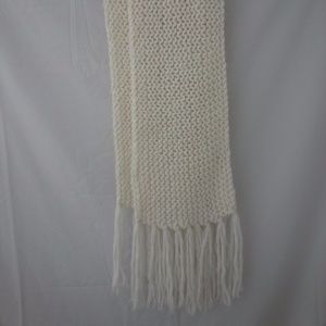Accessories - Long Large Knit Scarf