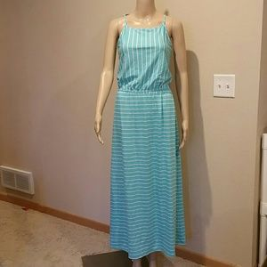 🌟NWT🌟 Striped aqua maxi dress