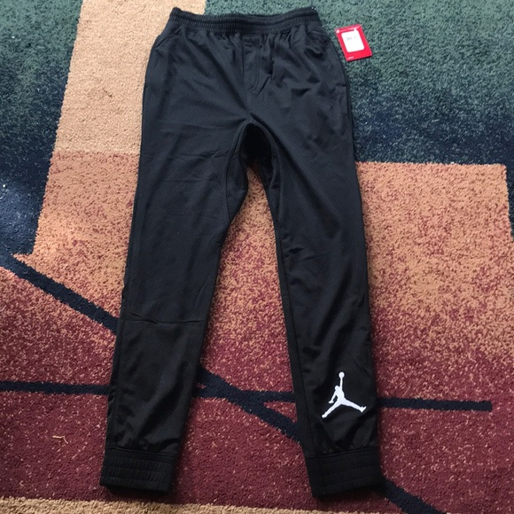 ae383d451ee8 Boys Nike Jordan pants joggers youth large NWT