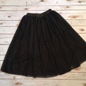 Dresses & Skirts - NWOT crinoline