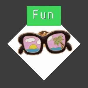 Jewelry - 🆕 Fun in the Sun Enameled Sunglasses Pin