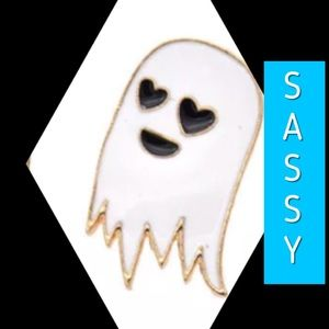 Jewelry - 🆕 Sassy Enameled Ghost Pin