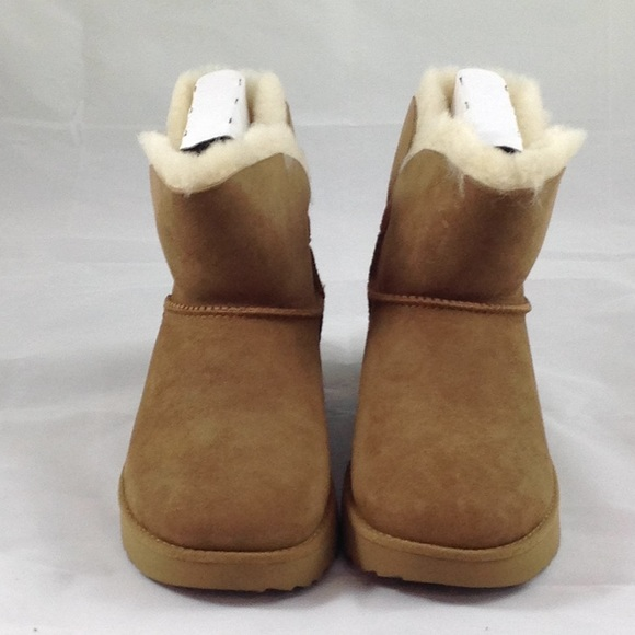 3c087d03de67aa UGG Shoes | Womens Classic Cuff Mini Size 75 Nwt | Poshmark