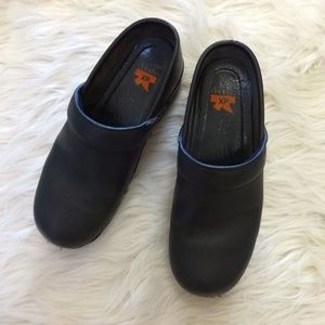 Dansko XP Professional Clogs
