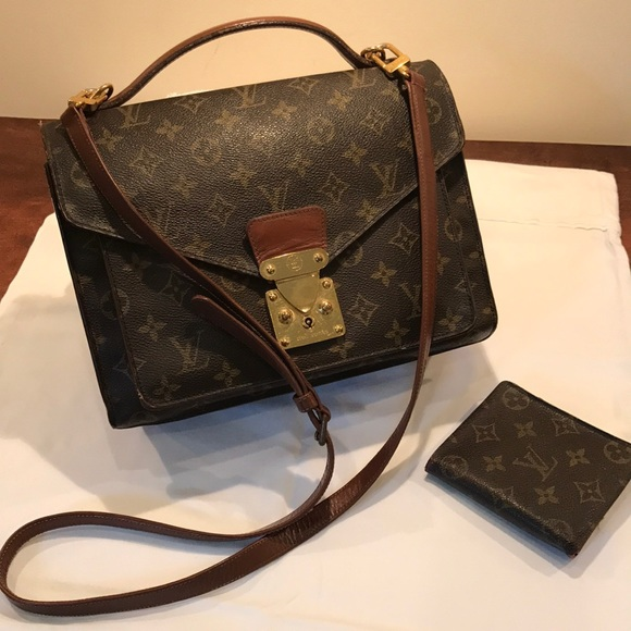 b9ea7d53b Louis Vuitton Handbags - **1 HOUR SALE**Authentic Louis Vuitton handbag