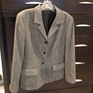 Jackets & Blazers - Beautiful grey blazer with leather buttons. Sz 12.