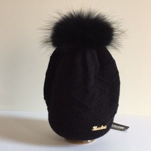 Moschino Heart Wool Hat with Raccoon fur Pom NWT