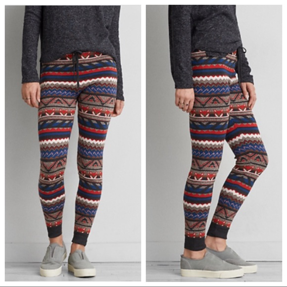 4b03b1f6cba94 American Eagle Outfitters Pants - American Eagle Ahh-Mazing Soft Fox  Sweater Legging