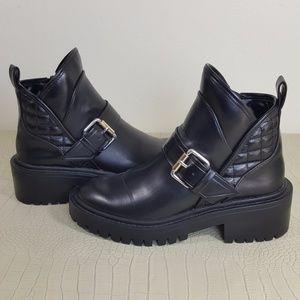 ZARA Tafaluc black ankle quilt combat zip up boots