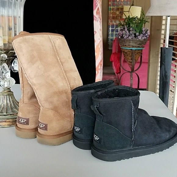 a4603469cf8 Uggs 2 pair leather sheepskin sz 7