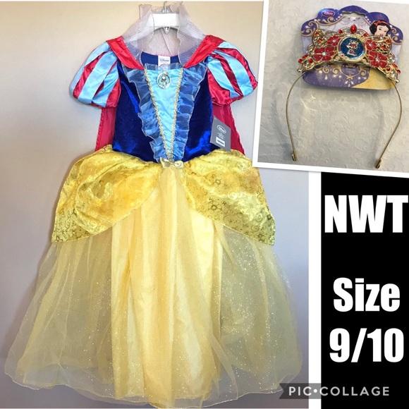 69a6375f9f5 NWT Disney Store Snow White Dress Tiara Size 9 10