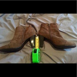 AEROSOLES Shoes - Women's Aerosoles Bootie Light Brown Suede