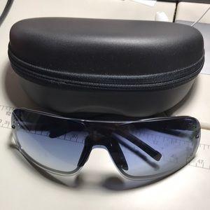 Authentic 100%  GUCCI Sunglasses