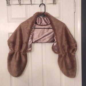 Other - Faux fur wedding shawl
