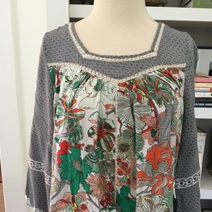 Esley Floral Top