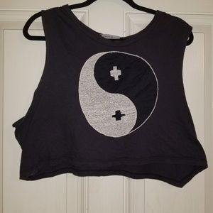Foreign Exhange  Ying Yang crop tee LARGE