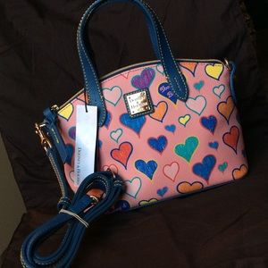 🆕Dooney & Bourke 'Ruby' Heart Bag NWT