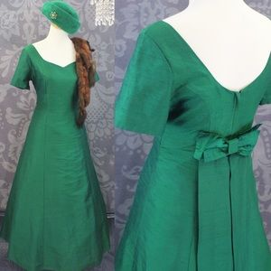 CIRCA 50'S-60'S VINTAGE SHANTUNG BALL GOWN