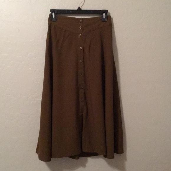9d76ce570 Forever 21 Dresses & Skirts - Forever 21 button down midi skirt