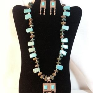 Jewelry - Set Chunky Turquoise Necklace and Earrings