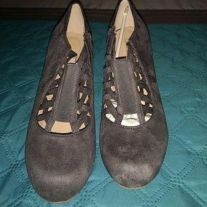 Size 11 journee collection heel