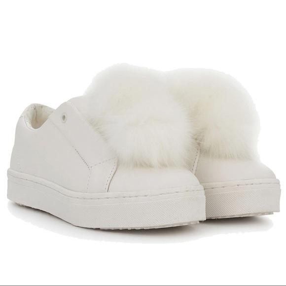 002e920a5f3eb7 NWT SAM EDELMAN Leya white Pom Pom sneaker laceles