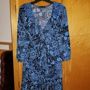 Royal blue and black dress.  No wrinkle!
