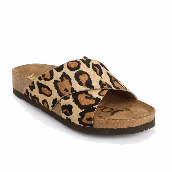5fbc32434c50 Sam Edelman Adora Leopard Slide Sandals Size 9M. M 5a20b3c5a88e7dc5fa00ae9b