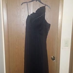 Black one-shoulder formal gown