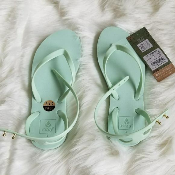 2e21e1f32c2c0 Reef Stargazer Wrap Sandals
