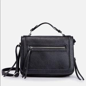Kuther Crossbody Bag