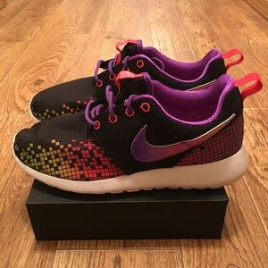 [Nike] Roshe One Print Youth Sneakers Size 6