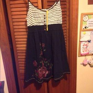 Dresses & Skirts - Updated summer dress.