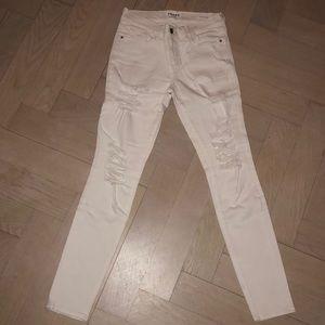 Size 28 Frame Le Skinny de Jeanne white denim
