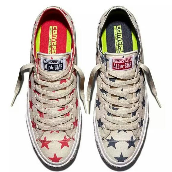 NWT Converse Chuck II Reflective Star Print Shoes NWT