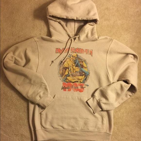 pacsun iron maiden band hoodie. M 5a20e49e78b31ce6e401e3b9 169682002a