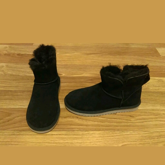 a23dd5c7d0f KOOLABURRA by UGG 1015209 Suede Mini ankle boot 6 NWT