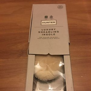 edcd72d9760 Hunter Luxury Shearling Insole women's size 7 NWT